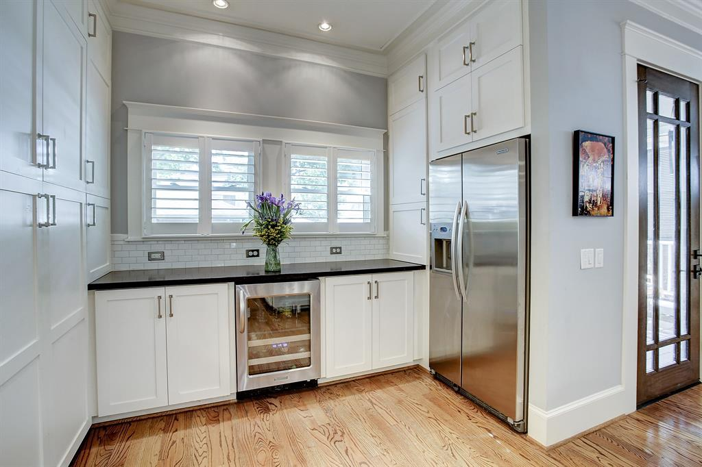 The counter and cabinet space extends all the way through the kitchen.