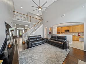18 New Dawn Place, The Woodlands, TX 77385