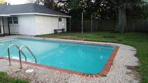 11018 Hillcroft, Houston TX 77096