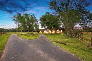 1654 County Road 301, Dayton TX 77535