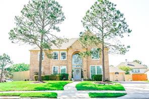 2881 Morning Pond Lane, Dickinson, TX 77539