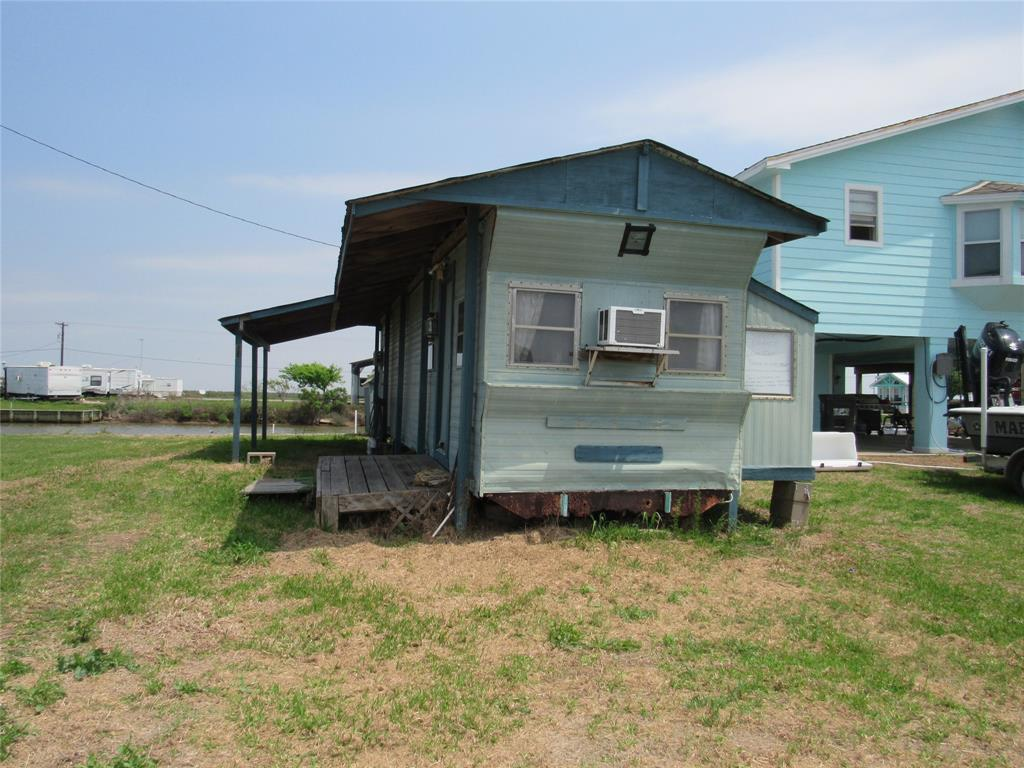 1027 County Road 299, Sargent, Texas 77414, 2 Bedrooms Bedrooms, 2 Rooms Rooms,1 BathroomBathrooms,Single-family,For Sale,County Road 299,89319034