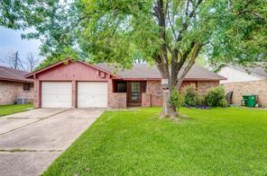 575 Woodhurst, Houston TX 77013