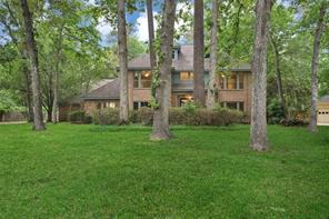 2903 Woods Estates Drive, Kingwood, TX 77339