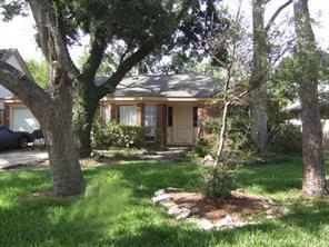 1860 Dolphin Drive, Seabrook, TX 77586