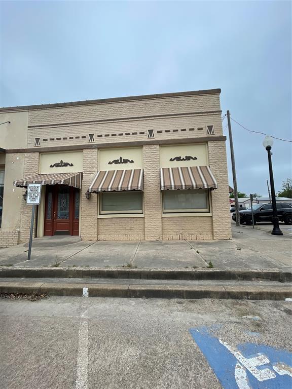202 N Avenue D, Clifton, TX 76634