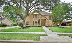 1847 Raintree Circle, El Lago, TX 77586