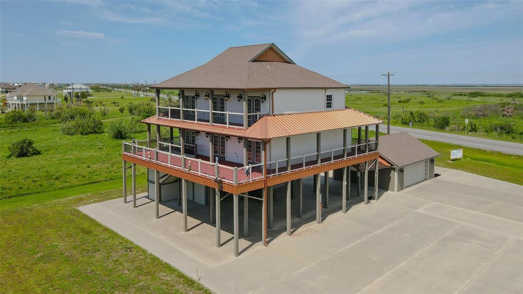 883 Gulf Cedar Drive, Crystal Beach, TX 77650