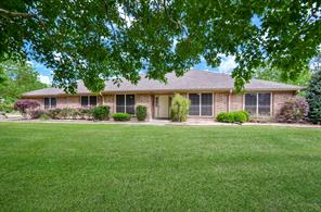 428 Lakeview Circle, Sealy, TX 77474