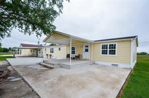 1216 Campo Rosa Street, Eagle Lake, TX 77434