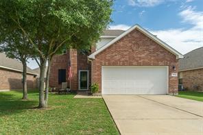 3034 Boxwood Springs Lane, Dickinson, TX 77539