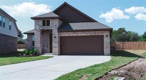 792 Rosewood, Angleton, TX 77515