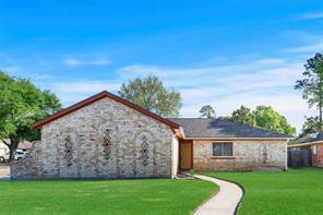 5719 Woodmancote Drive, Humble, TX 77346