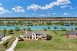 330 Lago Circle, Santa Fe TX 77517