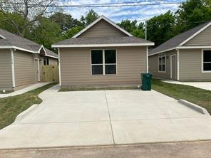 11416 Underwood Street, Willis, TX 77318