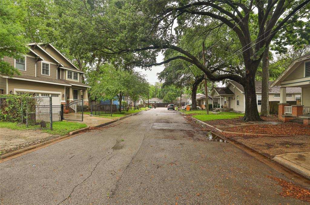 Beautiful tree lined street with lots of new construction and renovated Heights homes.