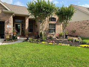 2320 S Lago Vista Drive, Pearland, TX 77581