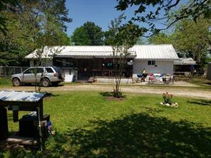 725 River Road, Goodrich, TX 77335