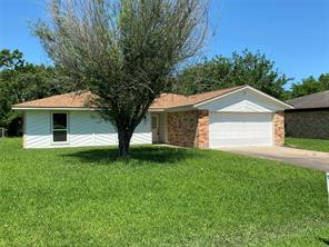 201 Draeger Drive, West Columbia, TX 77486
