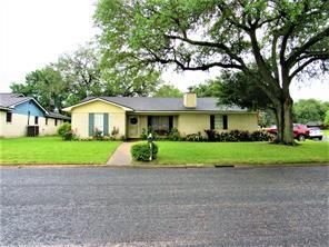 710 Price, Wharton TX 77488