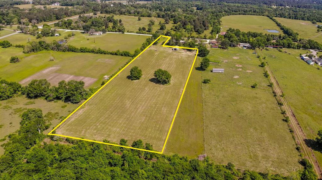 Gorgeous hard to find 6+ acre UNRESTRICTED tract in Plantersville. This property has 65 feet of County Road 313 frontage! The property has been cleared yet still has scattered mature trees! Approximate 50x38 barn. Less than 20 minutes to downtown Montgomery, 25 minutes to Navasota, and 50 minutes to College Station. The property currently has an agricultural exemption. This would be perfect for building a weekend getaway or for building the home of your dreams! Bring your horses and other barn animals. Enjoy the peace and quiet of the country! Don't miss out on this unique opportunity!(mineral rights not included)