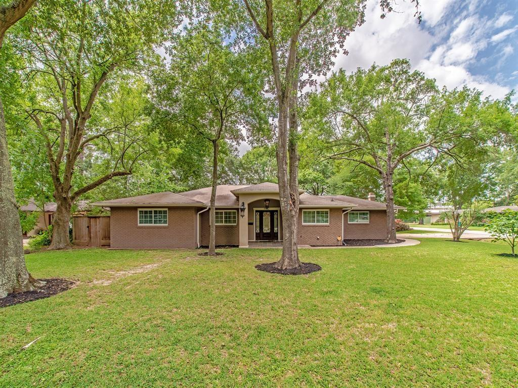9402 Crispin Lane, Houston, TX 77080