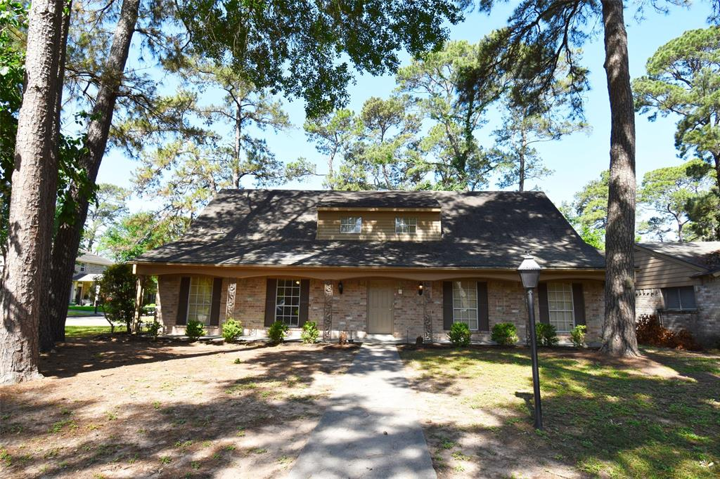 Beautifully updated 5 bedroom home on a corner lot in fantastic Sawdust location! Established quiet community with mature trees and less than 1 mile from I-45 for easy commuting (10 minutes to Exxon Mobile and HP campus) to great schools and amenities.   Completely remodeled, bright and contemporary with new windows and screens being installed soon!