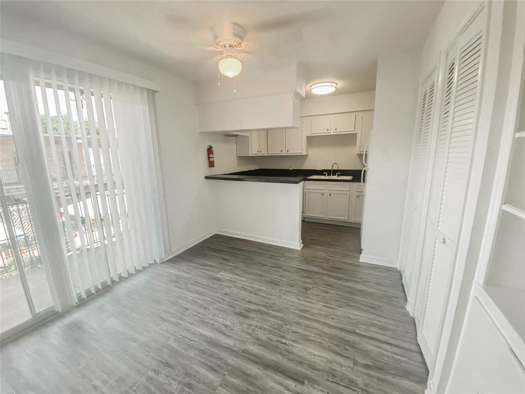 3262 Branard Street, Houston, Texas 77098, 2 Bedrooms Bedrooms, 2 Rooms Rooms,2 BathroomsBathrooms,Rental,For Rent,Branard,50772183