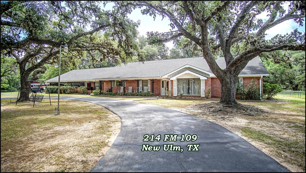 This rock solid, rambling, retro, ranch style, custom built home is ready and waiting for your family. 3/- acres, split bedroom floor-plan, formals, den with vaulted ceiling, huge fireplace and wet bar, oversized primary bedroom, sun-porch, super spacious indoor utility, Guest Suite, space above the roomy carport for a media or flex room ... what more could you ask for? Maybe an abundance of ancient Live Oaks spreading grandeur all around, yep, got them too. The horseshoe drive and fenced backyard are a nice plus. Minutes from New Ulm, Fayetteville, Columbus, Brenham, Warrenton, and Round Top. Call for your appointment today.