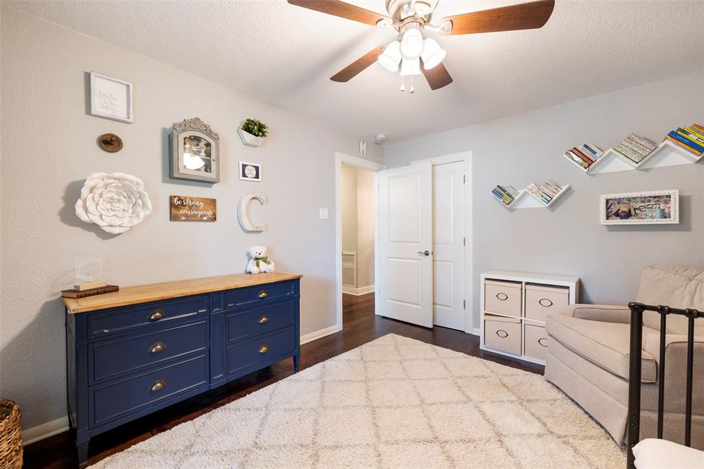 1055 Thornton Road, Houston, Texas 77018, 4 Bedrooms Bedrooms, 10 Rooms Rooms,2 BathroomsBathrooms,Single-family,For Sale,Thornton,56988497