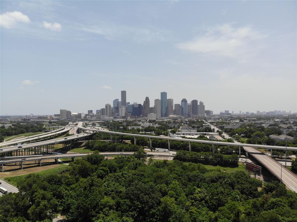 2520 Houston Avenue Avenue 801, Houston, TX 77009