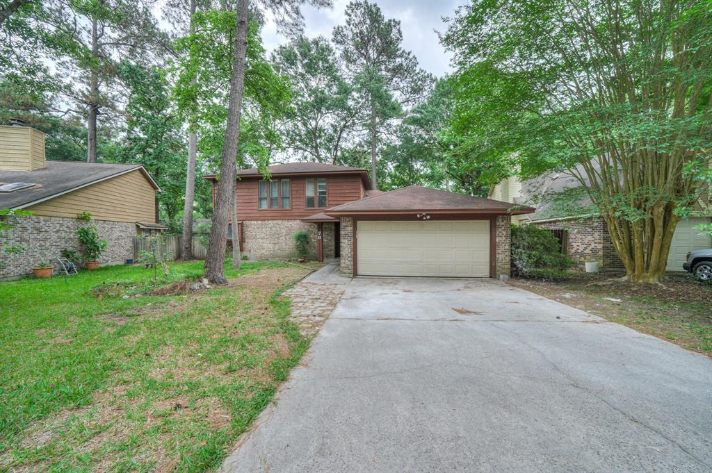 Spacious home in The Woodlands. Fully renovated and updated. This home offers a modern and sleek interior, wood plank tile flooring, black fireplace background gives this home a sheik appearance. Kitchen has updated stainless steel appliances and range hood plus bay windows and chandelier in dining area. All bedrooms have a walk in closet, they are very spacious rooms. Primary bathroom has double sinks, accent marble tile in shower. Spacious fenced backyard with deck.