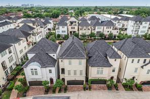 1811 Wrenwood Lakes, Houston, TX 77043