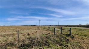 015 Bauer Road, Winnie, TX 77665
