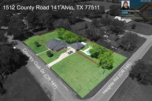 1512 County Road 141, Alvin TX 77511