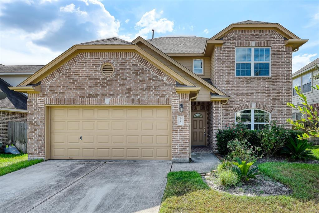 Beautiful house for rent. 4 beds, 2.5 baths. 2 garages. Granite countertops. GE appliances, the refrigerator will be included. Iron staircase, gas cooktop, high ceiling. Master bedroom down, sprinkler system. New Carpet, new paint ready to move in.