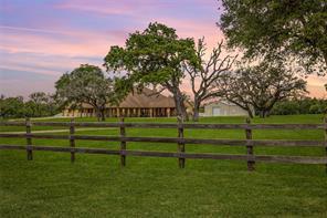 774 County Road 449, Hallettsville, TX 77964