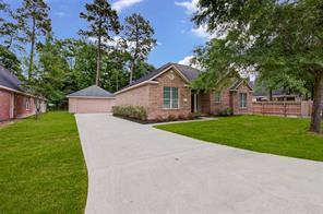 611 Spring Forest Drive, Conroe, TX 77302