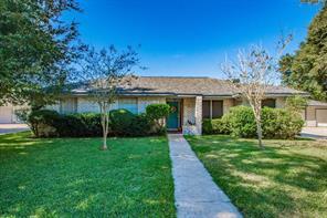 3 Hemlock Place, Angleton, TX 77515