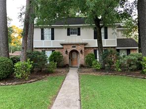 2034 Willow Point Drive, Kingwood, TX 77339