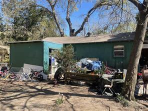 142 Ruth Lane, Bacliff, TX 77518