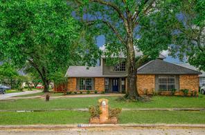 8826 Oakleaf Forest, Houston TX 77088
