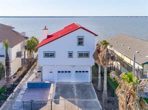207 Isles End Road, Galveston, TX 77554