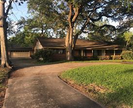 430 Southern Oaks, Lake Jackson TX 77566