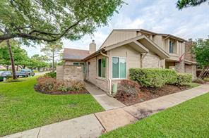 2951 Meadowgrass Lane, Houston, TX 77082