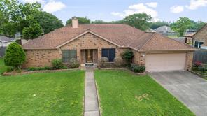 404 Coral Lilly Drive, League City, TX 77573