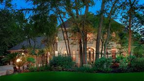 67 N Royal Fern Drive, The Woodlands, TX 77380