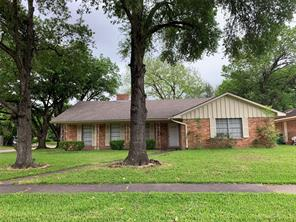 5042 Redstart, Houston TX 77035