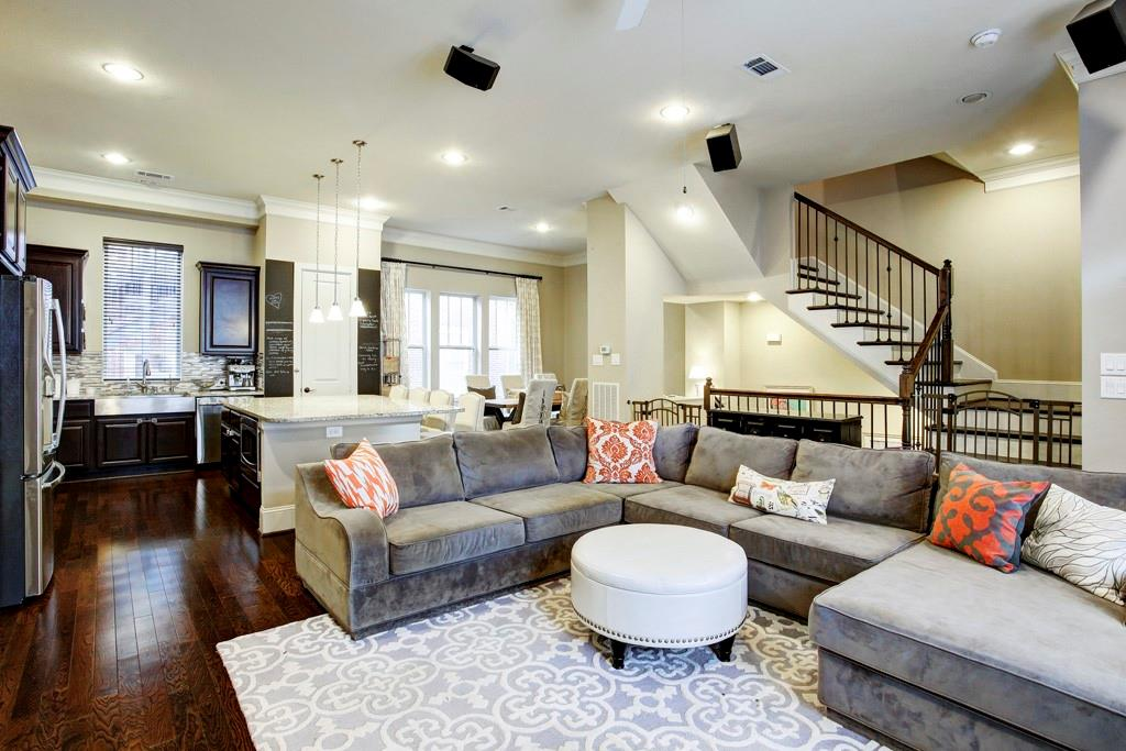 Ideal, amazing second floor living area! This open space offers plenty of room for a large sofa and additional furniture. Think relaxed conversation.