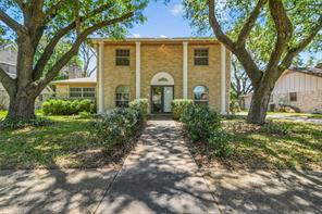 212 Palm Aire Drive, Friendswood, TX 77546